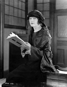 Seena Owen in 1923 (Bizarre Los Angeles)