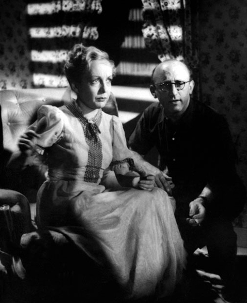 Dita Parlo with director Robert Siodmak on the set of Ultimatum (1938). Bizarre Los Angeles