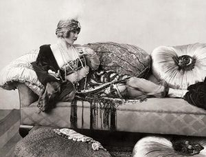 Mary Miles Minter Heart Specialist 1922