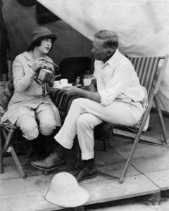 Jacqueline Logan and director George Melford take a coffee break on location. (Bizarre Los Angeles)