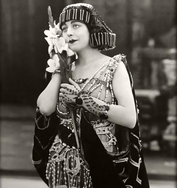 """Seena Owen in """"Intolerance"""" (1916). Bizarre Los Angeles."""