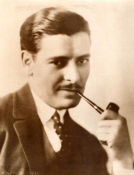 Ronald Colman pipe