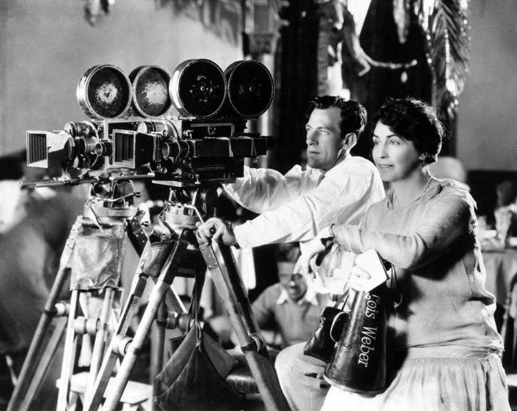 Lois Weber directing