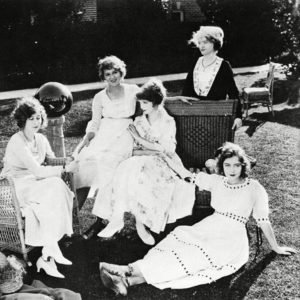Mildred Harris, Mary Pickford, Lillian, Mary, Dorothy Gish