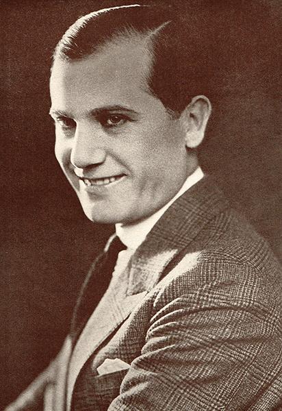 Eddie Lyons