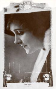 Lilie Leslie