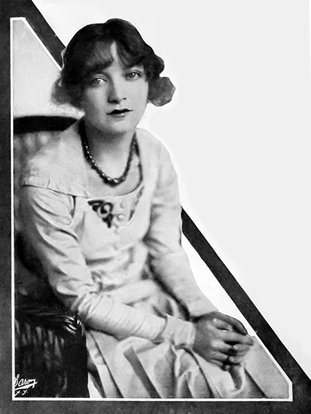Estelle Winwood 1918