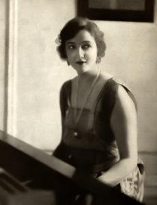June Elvidge 1917