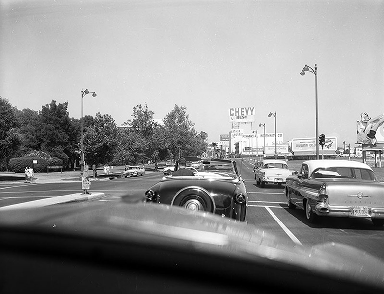 Heading east on Wilshire Boulevard after passing Ogden Drive in January of 1959. (LAPL 00104343) Bizarre Los Angeles