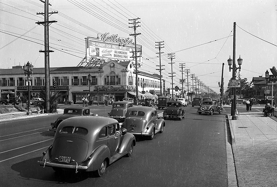 Vermont facing south. The cross street is Wilshire. Photo taken in 1938. (LAPL) Bizarre Los Angeles