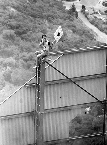 Frank Verroca, a struggling actor, picketing on top of the Hollywood sign in 1980 during a Screen Actors Guild strike. (Photographer: Mike Mullen / LAPL 00105385)