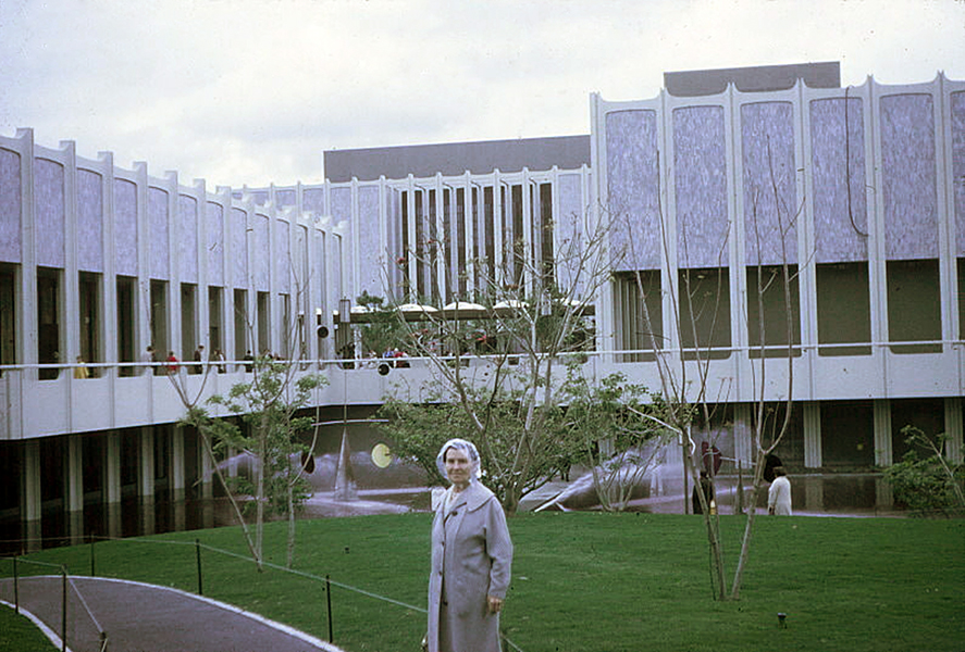 Los Angeles County Museum of Art, c. 1965. (Bizarre Los Angeles)