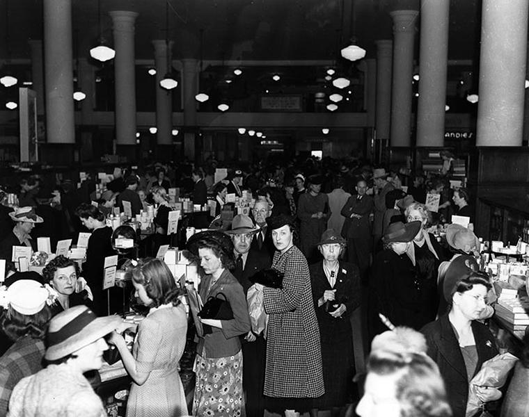 Shoppers at the downtown May Co. department store (8th and Hill Streets) in 1942. (LAPL 00064407) Bizarre Los Angeles