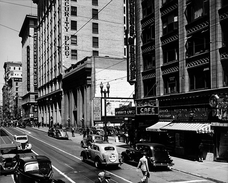 Looking north on Hill Street from 5th in 1939. (Photographer: Dick Whittington / USC Digital Archive) Bizarre Los Angeles