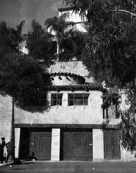 Thelma Todd's garage where she died. (Bizarre Los Angeles)