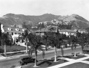 Hollywood Houses in the 1920s. (Bizarre Los Angeles)
