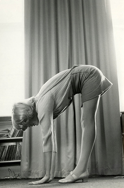 Sharon Tate exercising
