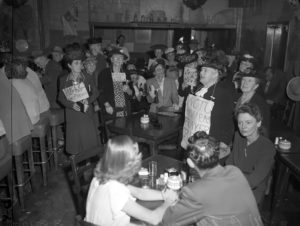 Members of the Women's Christian Temperance Union crashes a Pasadena bar in 1947. (Bizarre Los Angeles)