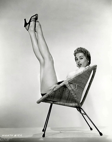 """Résultat de recherche d'images pour """"Martha Hyer bikini"""""""
