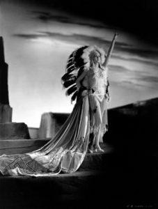 1930 MURIEL FINLEY Native American 1930 (Bizarre Los Angeles)
