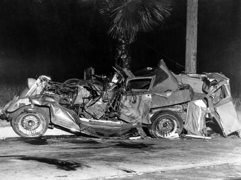 Dorothy Dell auto crash site in Pasadena, CA. (Bizarre Los Angeles)
