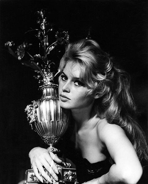 Brigitte Bardot in 1956. (Bizarre Los Angeles)