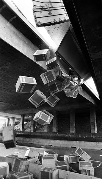 Stereos and televisions rain down from a truck that overturned at the transition between the I-10 and the I-5 on May 11, 1984. Photographer: James Ruebsamen / LAPL 00082142) Bizarre Los Angeles