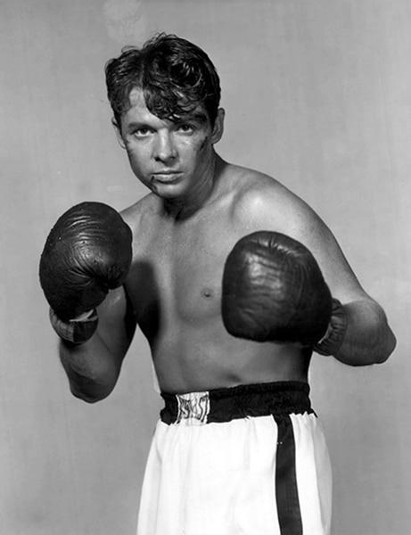 Audie Murphy as a boxer (Bizarre Los Angeles)