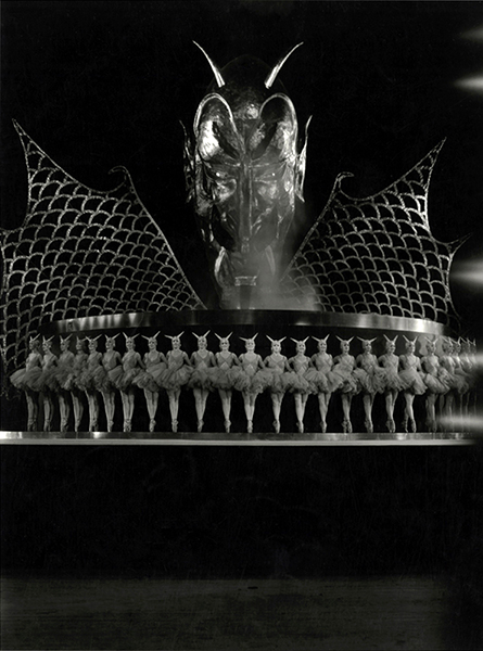 The Devil's Cabaret (1930). Bizarre Los Angeles