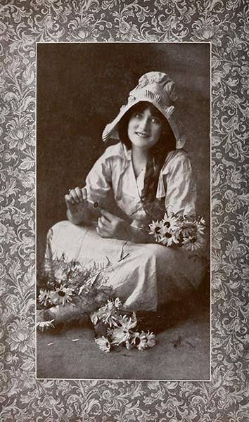 Eleanor Blevins (Bizarre Los Angeles)