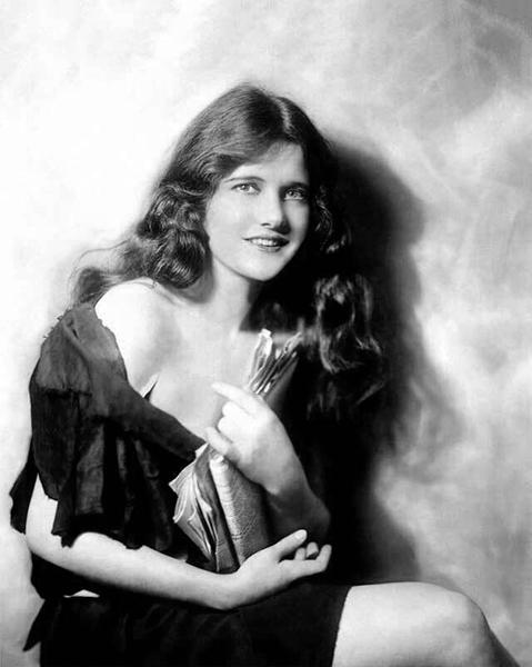 Constance Binney (Bizarre Los Angeles)